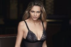 WONDERBRA_RefinedGlamour_Parrure_Nightdress_Shorty_Black